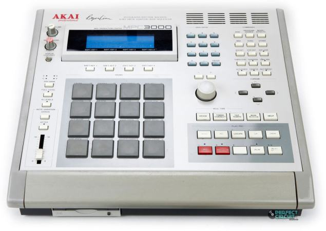 Akai MPC3000 - An Iconic Sampling Machine