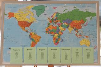 Sitzplan-Hochzeit-Weltkarte