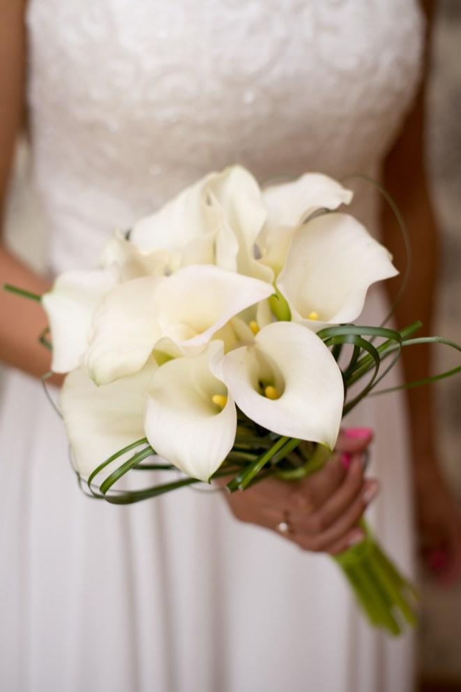 Brautstrauß-calla-weiß