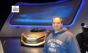 The Miray Concept car and Yours Truly, in the Test Track 2.0 Queue.