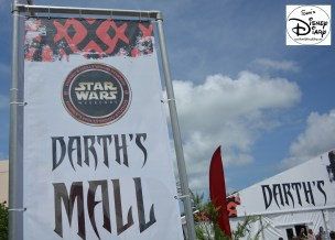 Darth's Mall was once again the central location for Star Wars Weekend Merchandise... plus other activities.