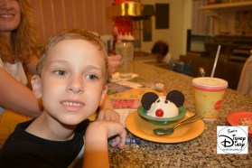 Beaches & Cream: Kids Mickey Mouse