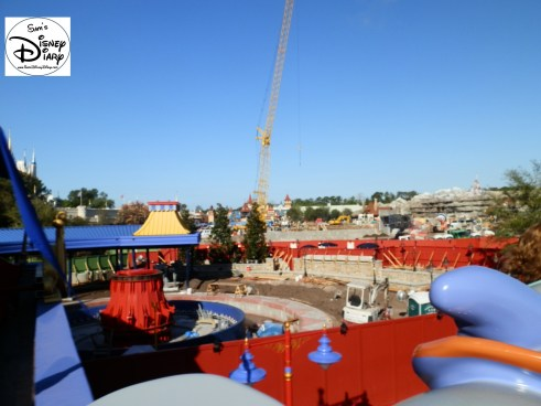 "SamsDisneyDiary Episode #10 - New Fantasyland Phase #1- The View of the ""Old Dumbo"" that will be the ""Second New Dumbo"", follow?"