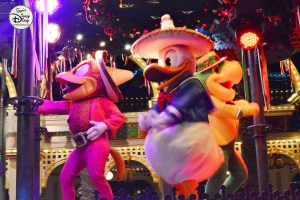 SamsDisneyDiary 12 Days of Christmas Day 3 - Viva Navidad