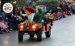 SamsDisneyDiary 82: Disneyland Christmas Fantasy Parade - Jessie