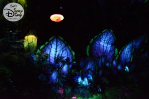 The Bioluminescent rainforest grows even more interesting as we journey deeper into the Na'vi River.