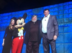 #DDAC17 Steve Wozniak is introduced as the keynote speaker