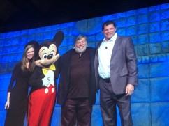 #DDAC17 Steve Wozniak is introduced as the keynote speaker