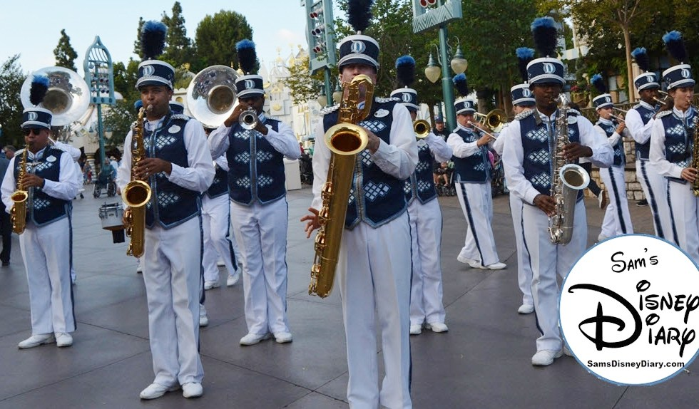Sams Disney Diary Episode 98 - Rockin' with the Disneyland Band