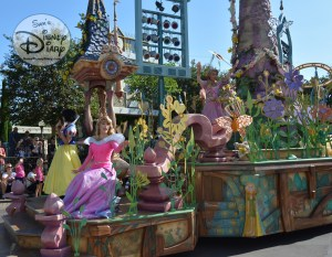 Royal Princess Romantic Melodies float featuring Disney Princesses