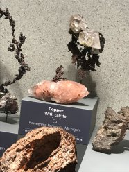 Copper suspended in calcite