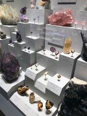 Various quartz