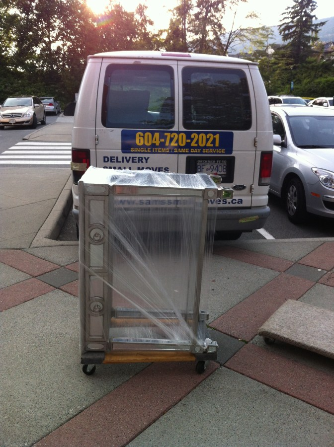Desk Delivery   Same day furniture delivery Short notice small moves