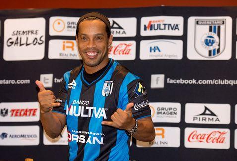 presentacion-Ronaldinho-Queretaro_MILIMA20140912_0128_8