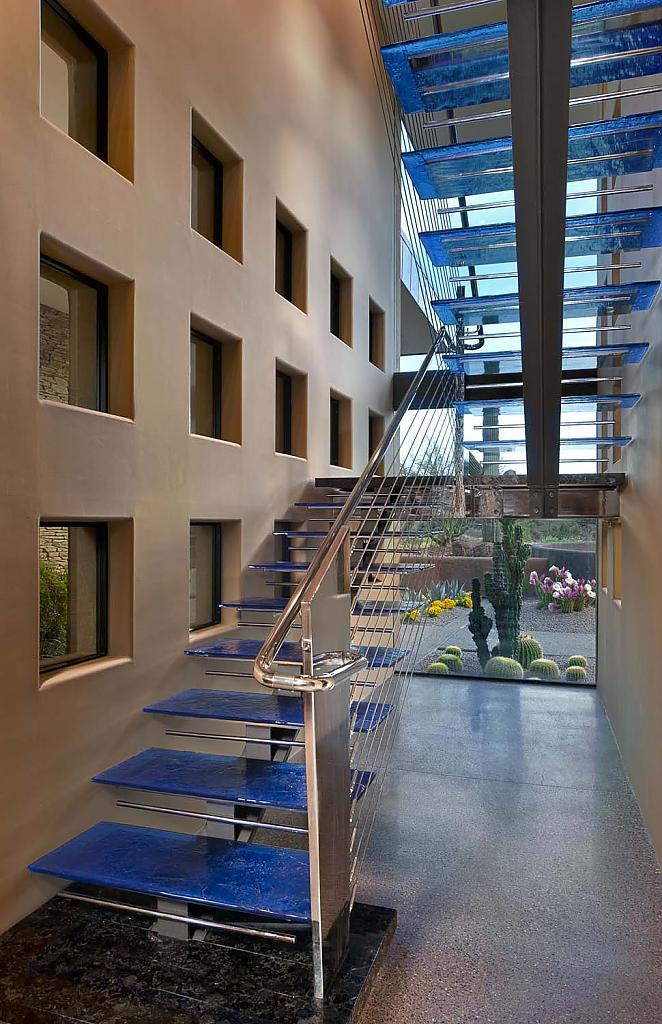 Eine riesige Sammlung von Treppen vom Designstudio Philip Watts ...