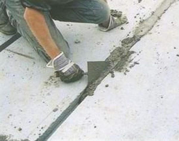 заливка швов плит покрытия