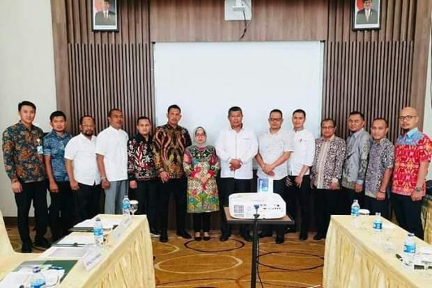 Bupati Kepulauan Anambas Menghadiri Focus Group Discussion (FGD) Implementasi Program BPJS Ketenagakerjaan