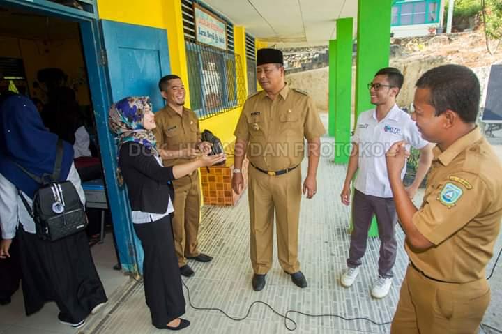 Bupati Kepulauan Anambas Membuka Seleksi Ujian Masuk Perguruan Tinggi STIT Hidayatullah dan Batam Tourism Politechnic di Kabupaten Kepulauan Anambas, SamuderaKepri