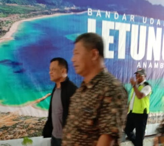 , Dalam Rangka Liburan, Mantan Panglima TNI Jenderal TNI (Purn) Gatot Nurmantyo Kunjungi Kabupaten  Anambas, SamuderaKepri