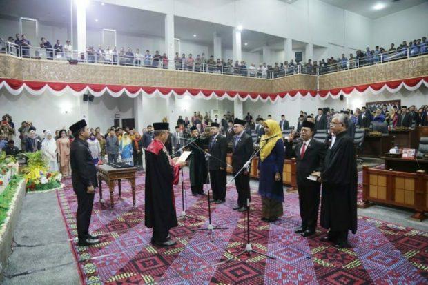 Pelantikan Pimpinan DPRD Provinsi Kepulauan Riau Masa Jabatan Tahun 2019 - 2024