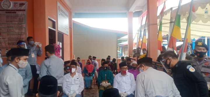 Didukung Masyarakat Anambas Fachrizal-Johari Jalur Independen Daftar Ke KPUD Anambas