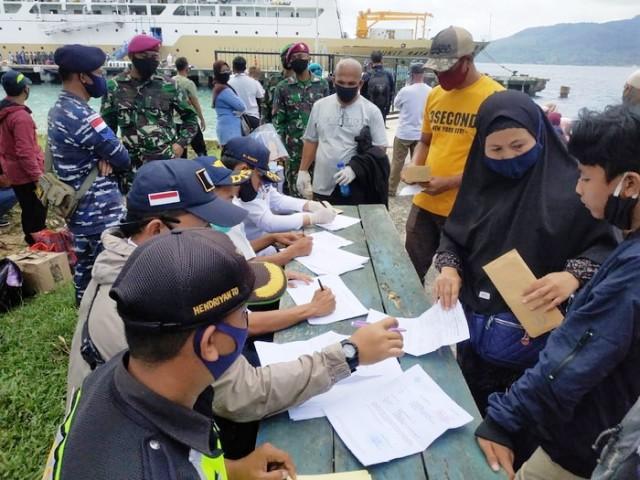 Pastikan Natuna Zona Hijau, Komisi I DPRD Kunjungi Pelabuhan Selat Lampa