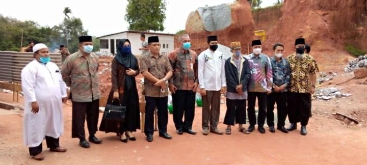 Komisi III DPRD Hadiri Peletakan Batu Pertama SD IT, SamuderaKepri