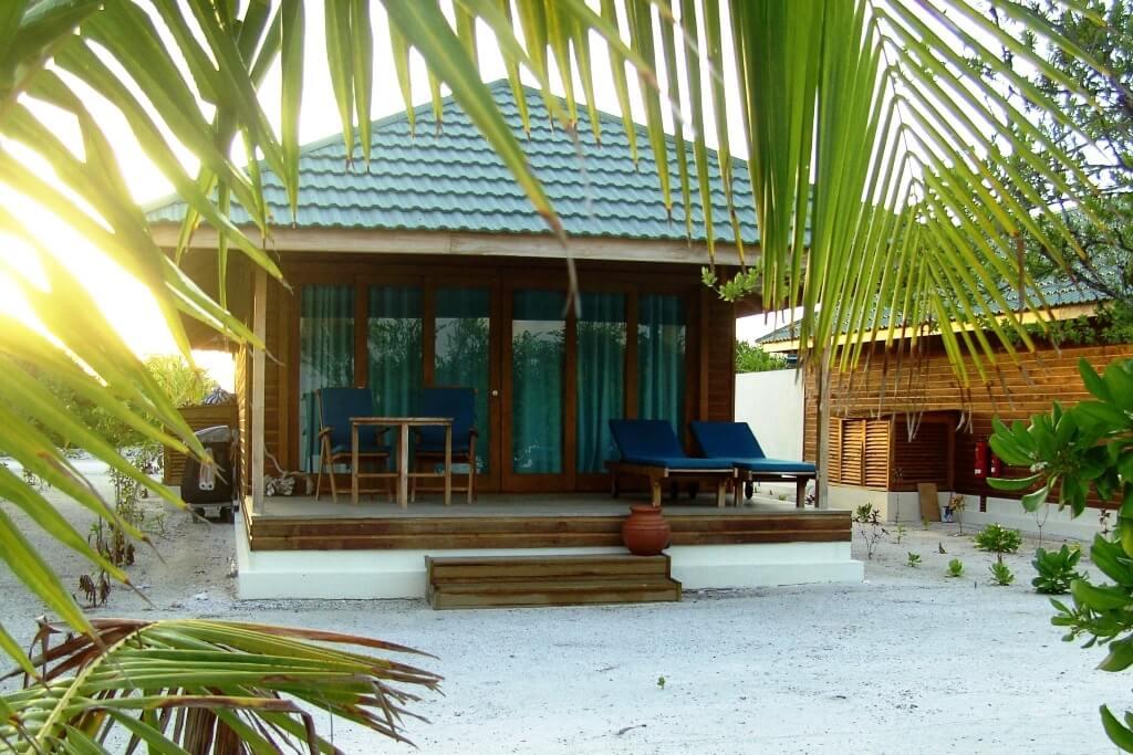 J Resort Handhufushi, Maldives