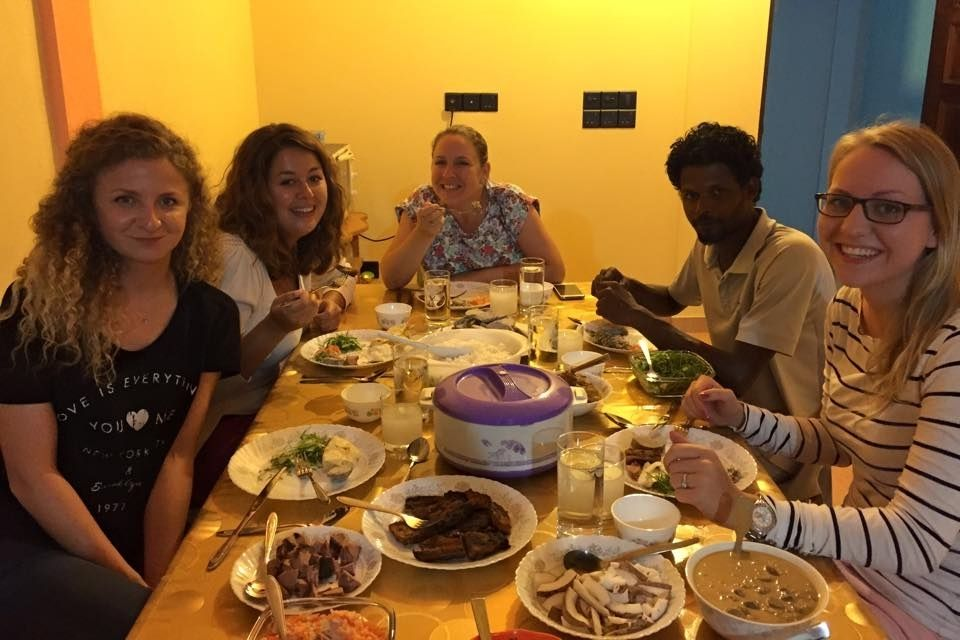 Maldives Food Tour with Local Family