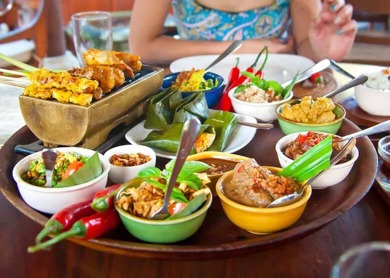 Maldivian Food Tour with Local Market Visit