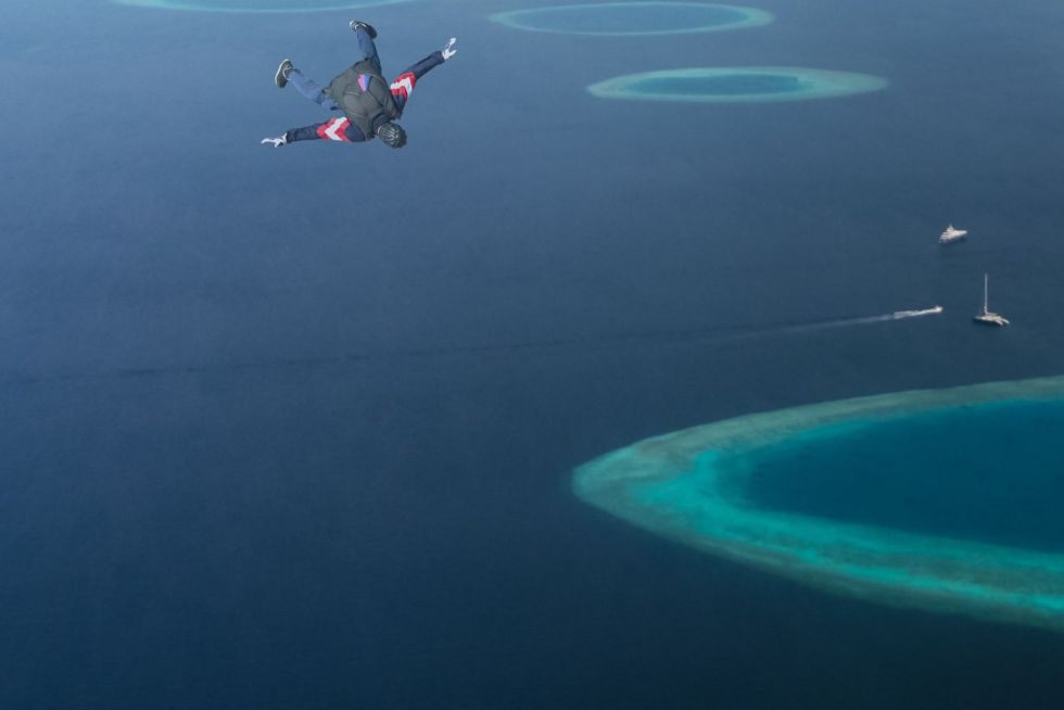 Safety Measures for Skydiving in the Maldives