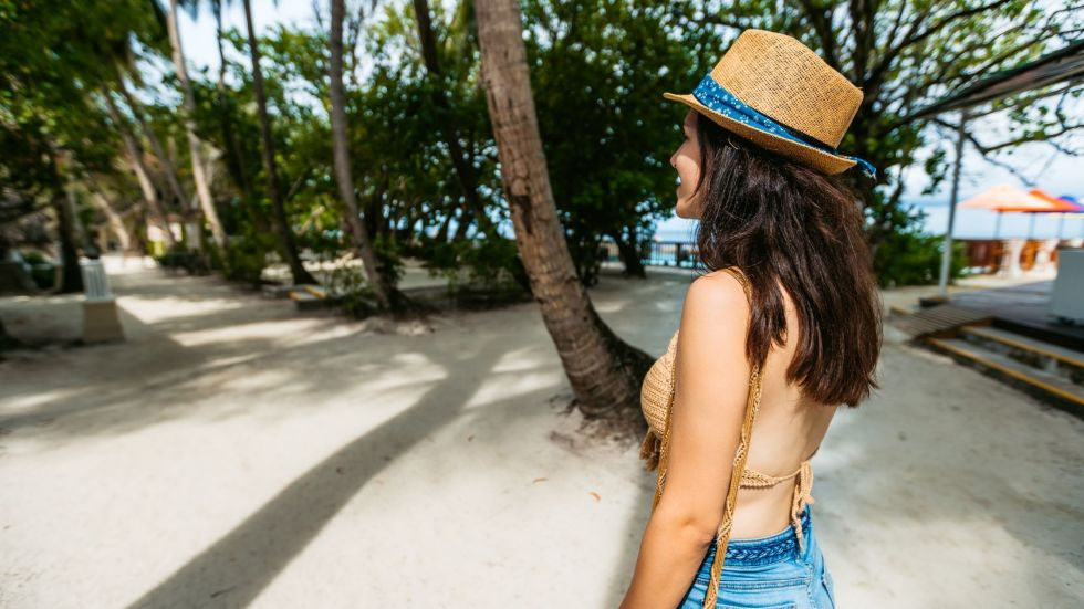Non Swimmers Join a Walking Tour in the Maldives