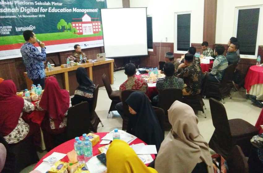 Dorong Kemajuan Pendidikan BNI Syariah Sosialisasi Platform Sekolah Pintar