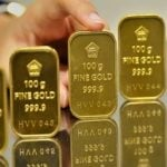 Harga emas 24 Karat Antam Hari Ini Turun Rp 8.000 Per Gram