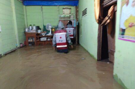 PMI Lhokseumawe Kerahkan Relawan Untuk Bantu Korban Banjir