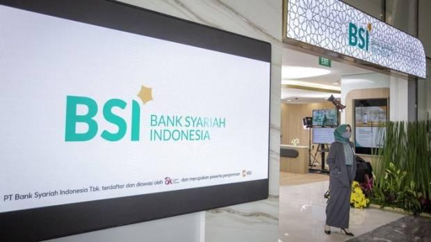 Hari Ini,  1,1 Juta Nasabah Bank di Aceh Auto Migrasi ke BSI