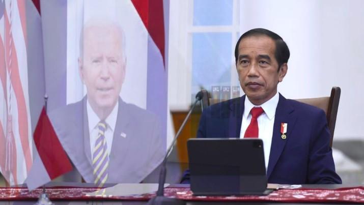 "Presiden Amerika Serikat ""Tunjuk"" Jokowi, Ada Apa?"