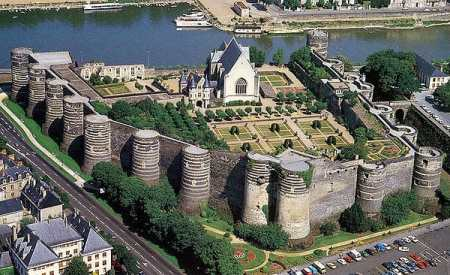 referencement-angers-49000