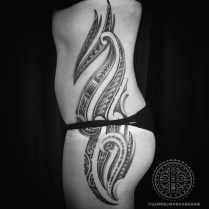 Mixed Polynesian woman's tattoo