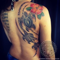Honu and Hau flower tattoo