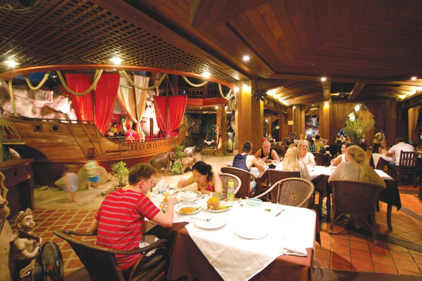 Samui seafood restaurant overview