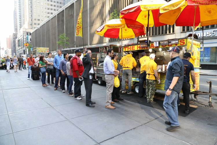 THE HALAL GUYS THE AMERICAN CHICKEN GYRO IN NEW YORK
