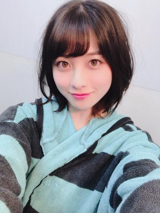 Kanna Hashimoto's, post a well hidden image that it is a fat