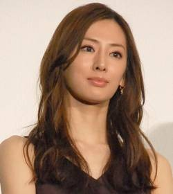 [Good news] Keiko Kitagawa, achieved a feat of no blinking for 4 minutes with live broadcasting