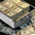 勤務税理士と開業税理士の年収比較:年収1000万円を狙うならどっち?