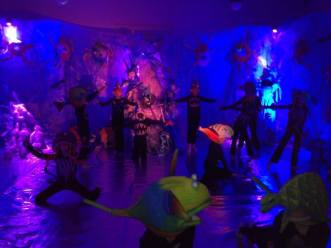 Dansers SAMWD in KASK