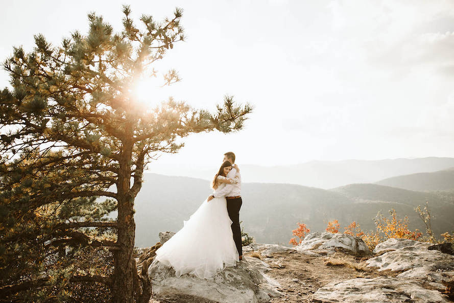 couple session at Linville gorge