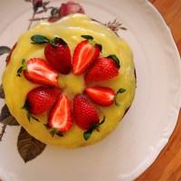 >Yaban Mersinli Kek Limonlu Beyaz Çikolatalı Ganajla