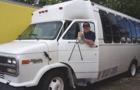 Ecom Bob Bus