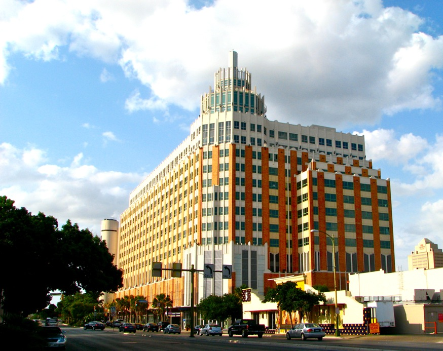 The Vistana view from Santa Rosa Boulevard.